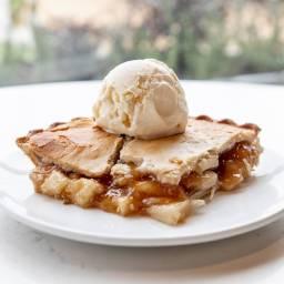 babd|Hall Brown Sugar Apple Pie